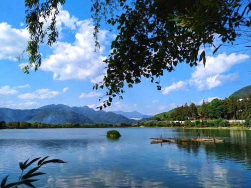 Harmony&Joy Garden Guesthouse (Airport Pick-up), Baoshan