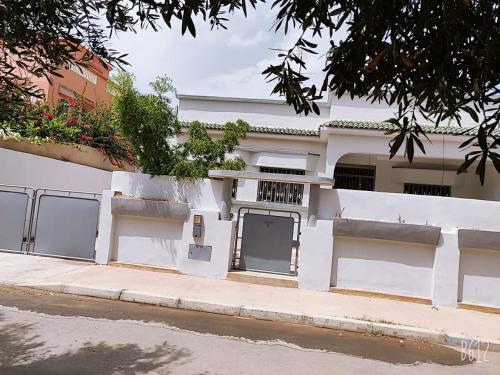Grande villa a saidia 5 chambres plus grand sejour, Berkane Taourirt
