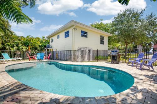 Moon Beach Cottage Private Pool Home, Lee