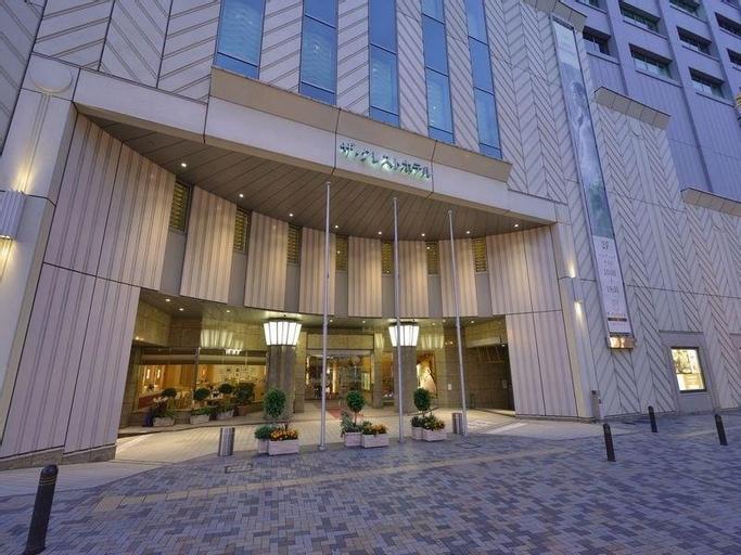 The Crest Hotel Kashiwa, Kashiwa