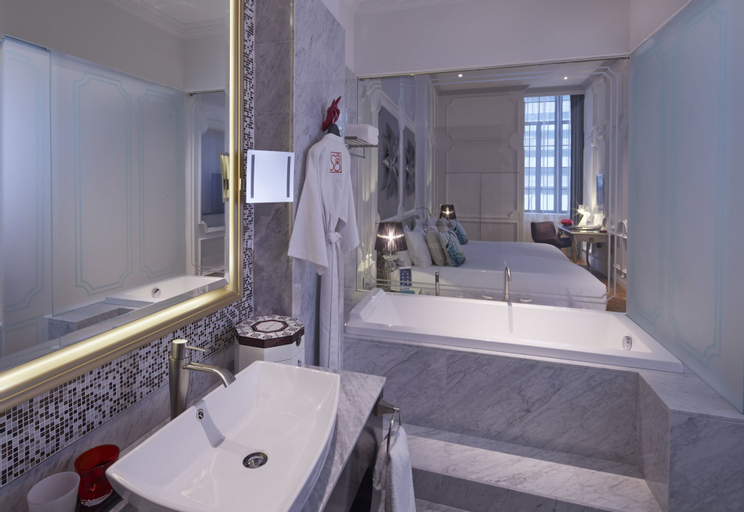 SO/ Sofitel Singapore (SG Clean Certified), Downtown Core
