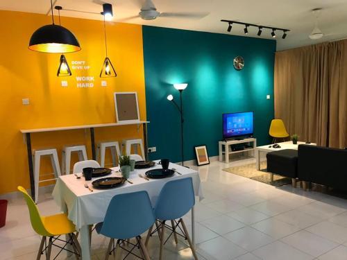 Hut Co-living: Cyberjaya, Kuala Lumpur