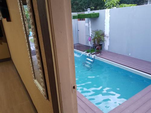 Teratak Warisan Chalet with private pool, Mersing