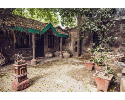 Malhar Haveli, Gautam Buddha Nagar