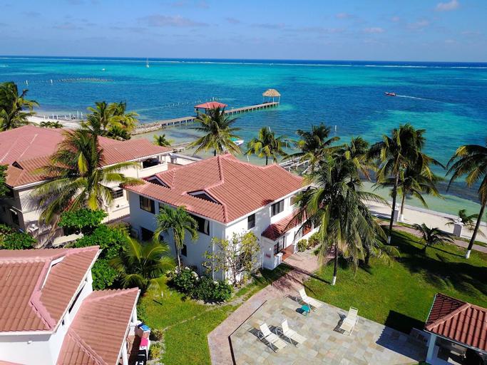 Isla Bonita Yacht Club,
