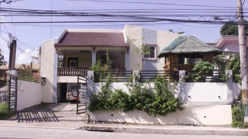 4BR Batangas Houses for Rent w/ Wifi & Netflix, Batangas City