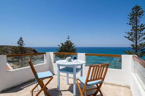 Beachfront Apartment- Casa do Mar, Odemira