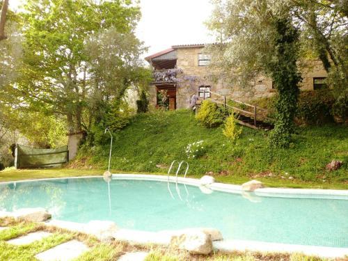 Casa com piscina privada em Cabeceiras de Bastos, ideal para se divertir com familia e amigos, Cabeceiras de Basto