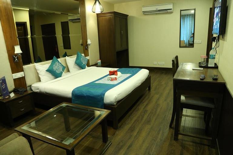Oyo 830 The Mansion Hotel, Sahibzada Ajit Singh Nagar