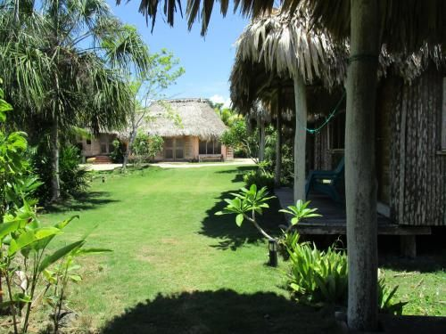 Cerros Beach Inn,