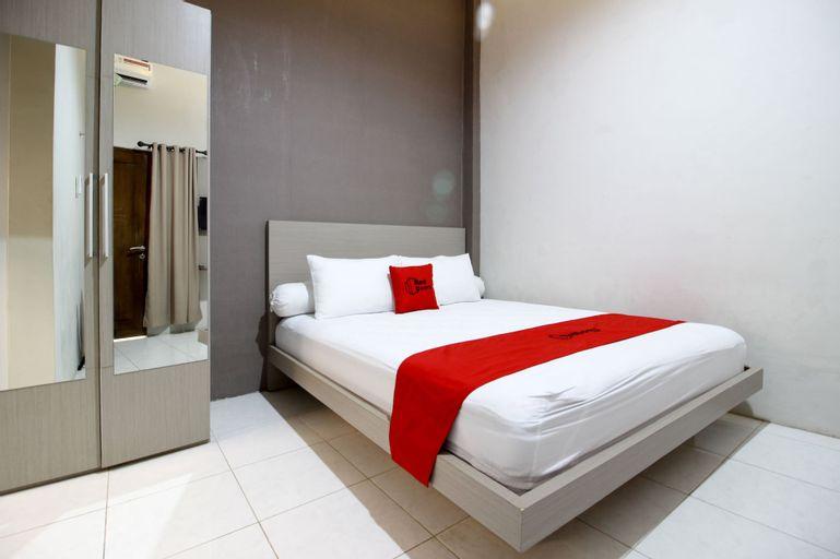 RedDoorz Plus near UPN Jogjakarta 2, Sleman