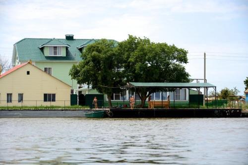 Astrahanskaya Zhemchuzhina Hotel, Ikryaninskiy rayon