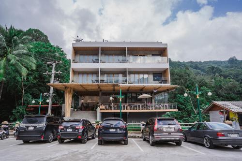 Passion Resort Kiriwong, Lan Saka
