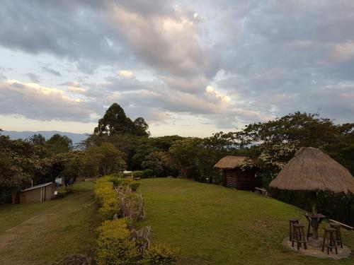 Ecolodge Uganda Campsite, Burahya