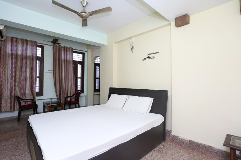 SPOT ON 43261 Hotel Shanti Continental Residential, Pashchim Champaran