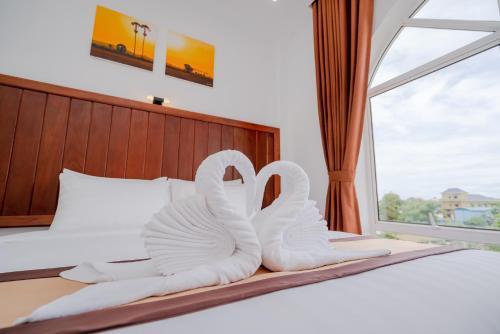 Palm River Hotel, Chbar Mon