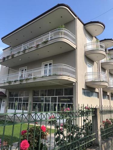 Rent rooms Kapri, Pogradecit