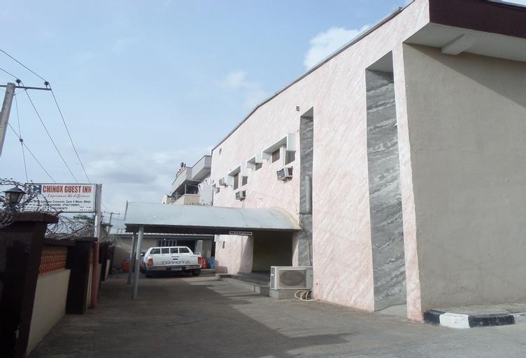 Chinox Guest Inn, AbujaMun