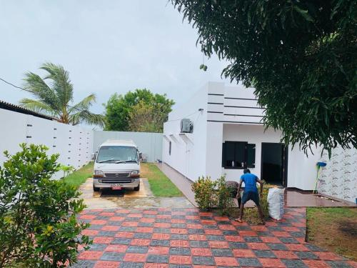 Nelliady Guesthouse, Vadamaradchi South-West