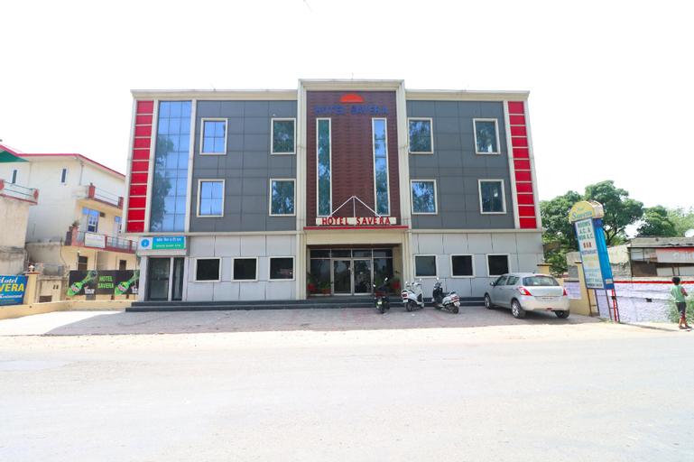 OYO 43867 Hotel Savera, Una