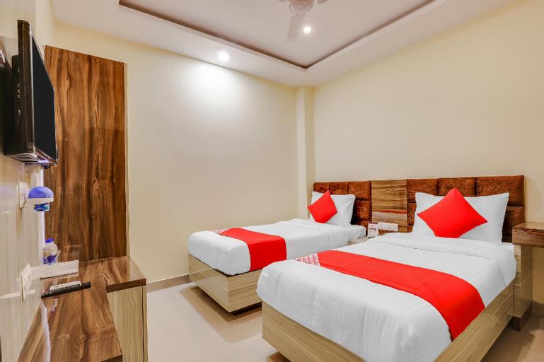 OYO 596 Samarth Inn, Bheri