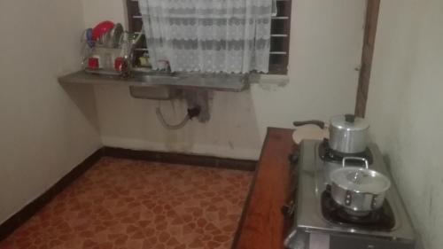 Mkimbizi D house, Iringa Urban