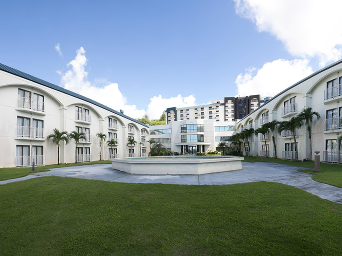 Oceanview Hotel & Residences,