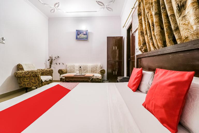 OYO 49773 Hotel Midway, Karnal