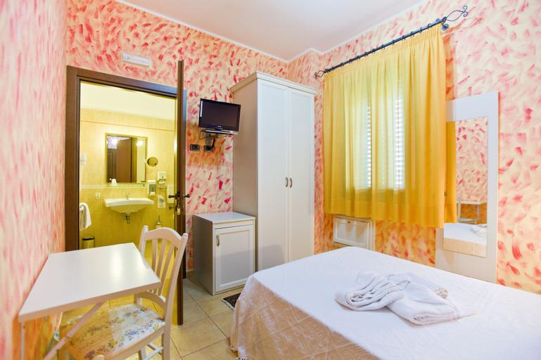 Hotel History, Trapani