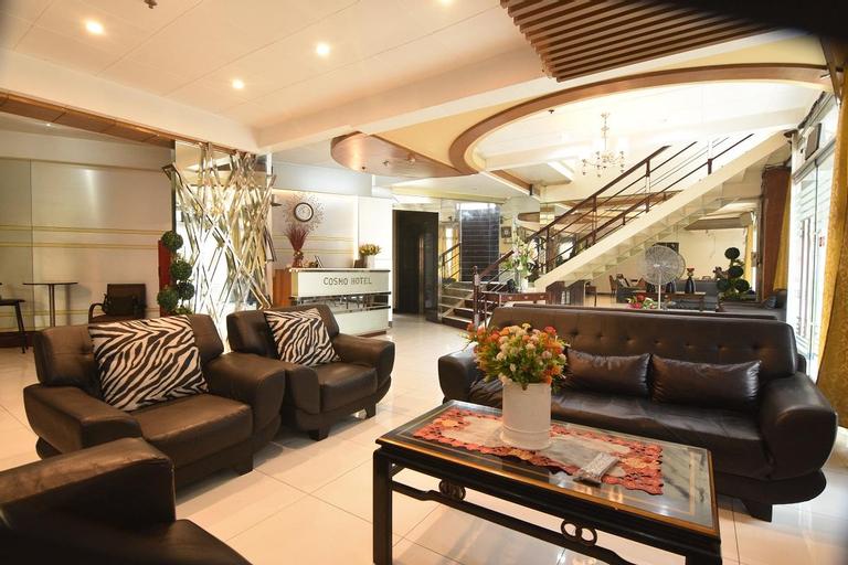 Cosmo Hotel and Studio Suites Espana, Manila