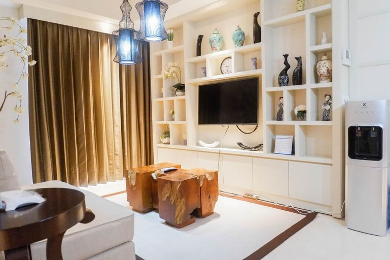 Luxurious 2BR Apartment at The Peak Residence, Surabaya