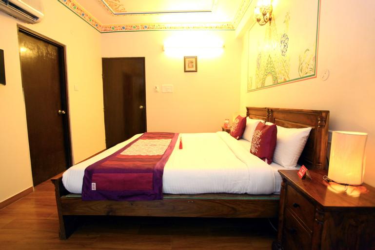 OYO 2105 Hotel Royal Sheraton, Jaipur