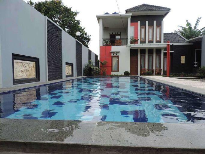 Villa Fahim 1 Puncak 4 Bedroom, Bogor