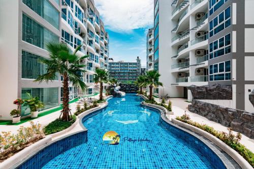 Centara Grand Avenue by Pattaya Holiday, Pattaya