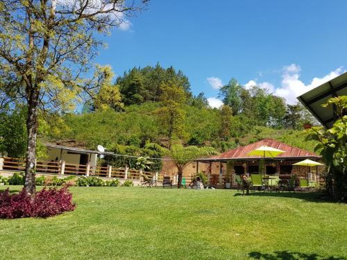 3 Habitaciones en granja familiar Li Kanti, San Juan Chamelco