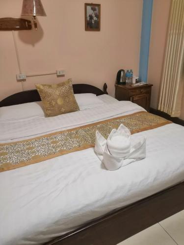 Tongxin Er Hotel 同心二宾馆, Nambak