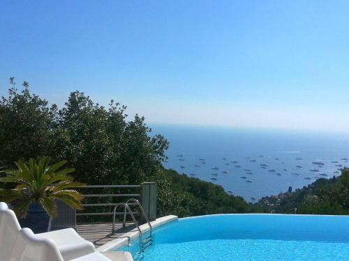 Luxurious Villa Overlooking The Sea, Alpes-Maritimes
