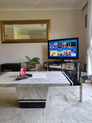 Superb Private room, London