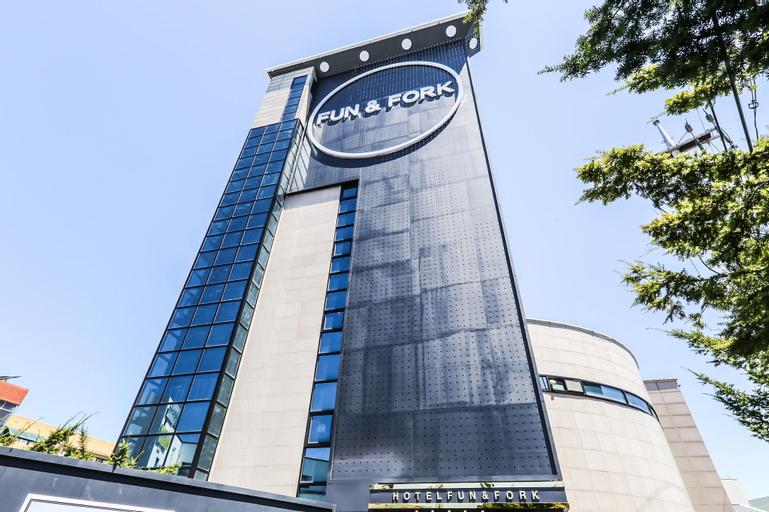 FunandFork Hotel Seosan, Seosan