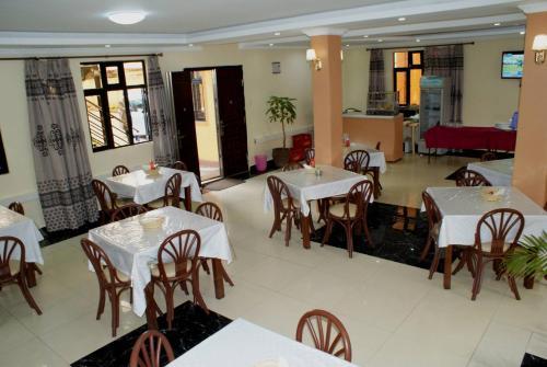Twiggs Restaurant, Bomet East
