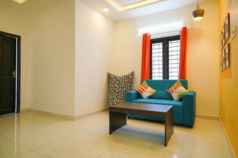OYO 41881 Colorful Azad Apartments 2bk, Ernakulam