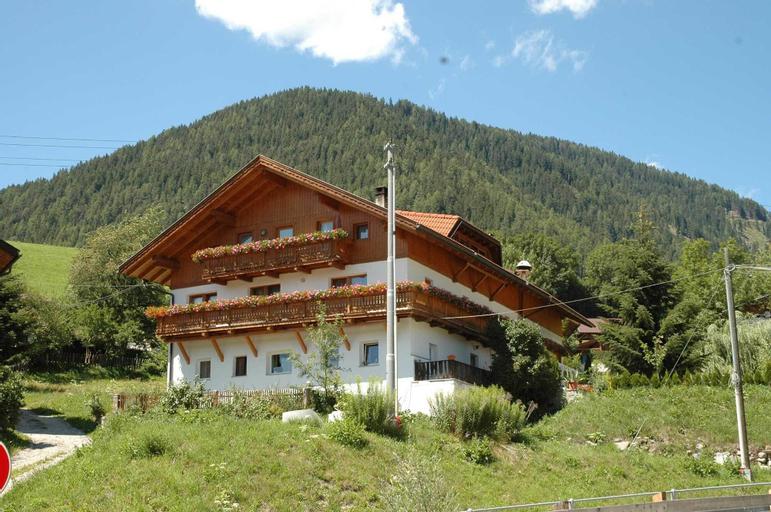 Pension Wirt am Bach, Bolzano