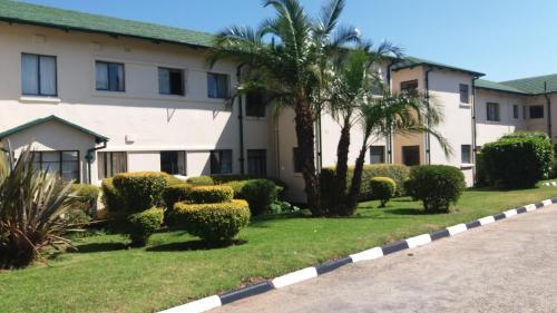 Montclair Hotel and Casino, Nyanga
