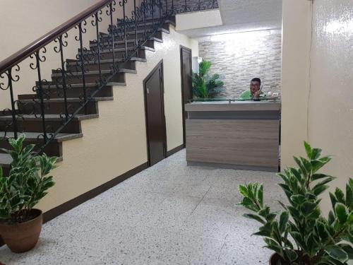 Hotel Granada 1, Distrito Central