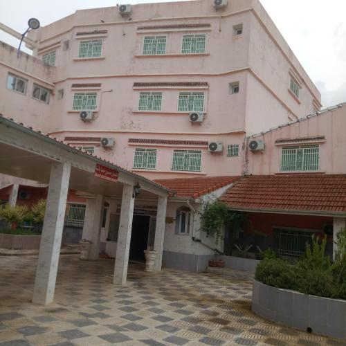 فندق المروج, El Khroub