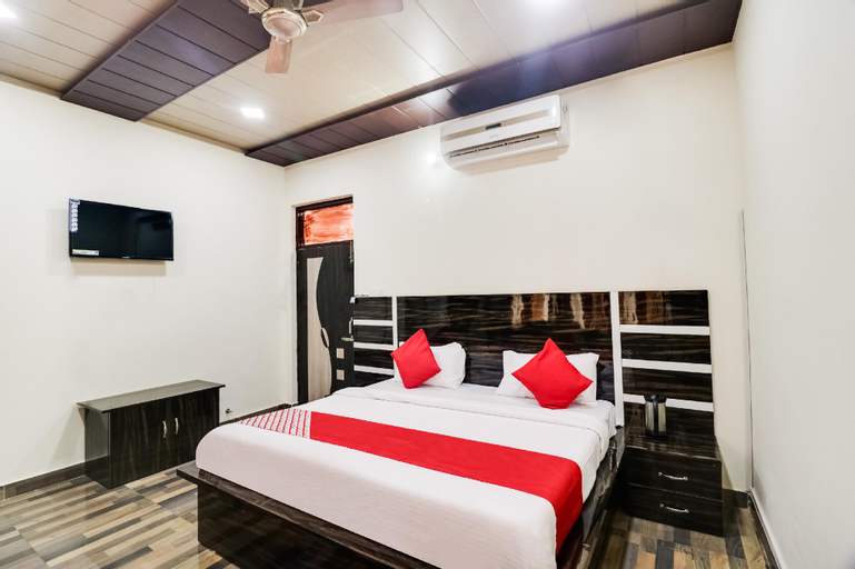 OYO 48044 Thakur Brothers Hotel, Hamirpur