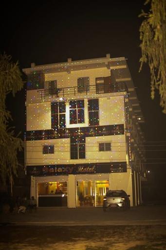 Galaxy Hotel, Seti