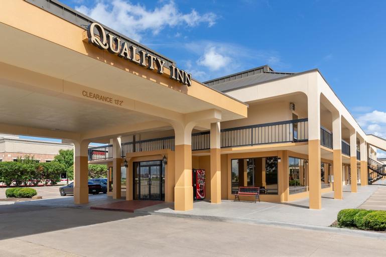 Quality Inn at Arlington Highlands, Tarrant