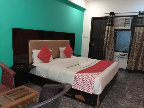 Hotel Ramhan Palace, West
