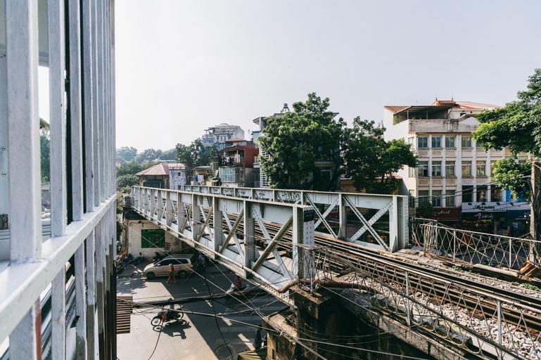 Ha Noi Unique Railway Homestay, Hoàn Kiếm